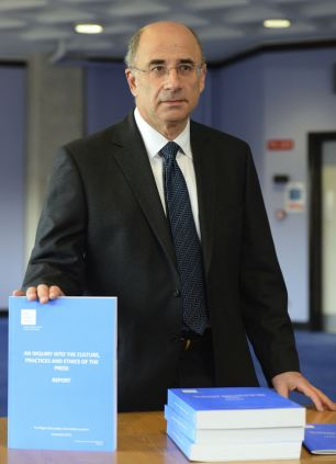 Online issues, but no solutions: Lord Leveson today unveiled his report into the future regulation of the press but did not address the internet in significant detail