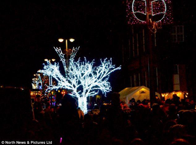 Stanley Christmas tree brightly lit