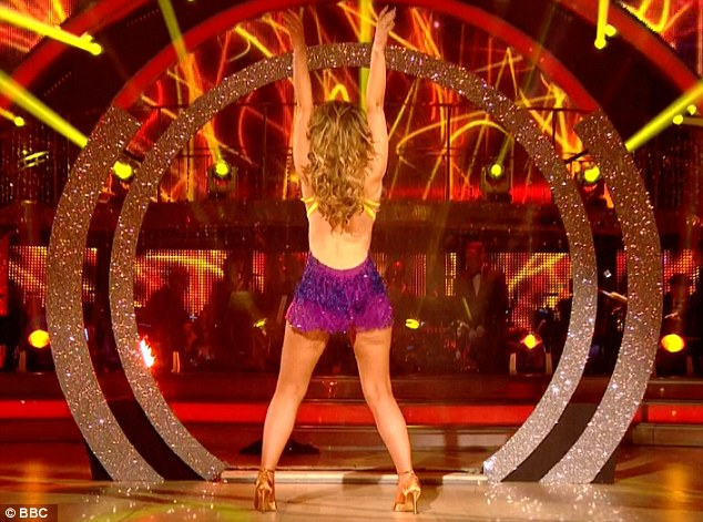 Move over, Beyonce: Kimberley Walsh wowed with an eye-popping booty-shake in the Strictly Come Dancing final on Saturday night