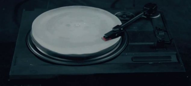 The ice record can be played on any turntable, and the video below reveals the poor (but listenable) sound quality