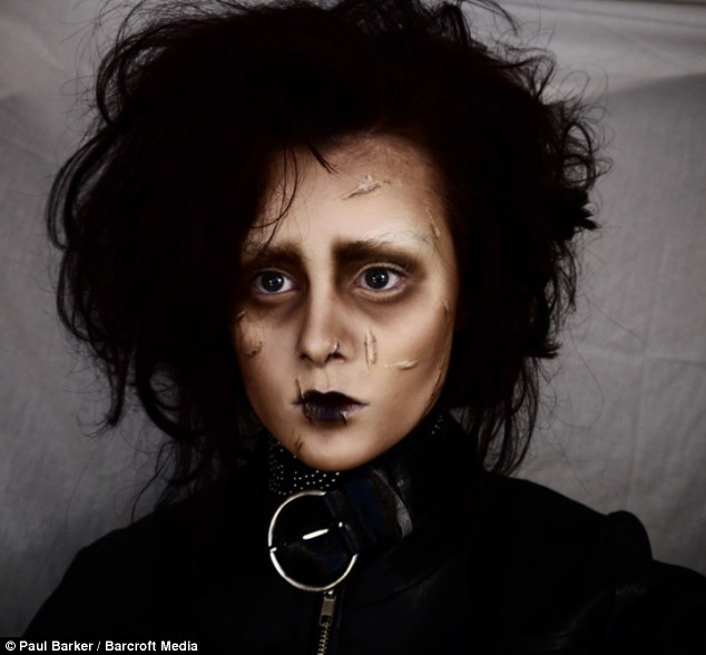Edwardian: Emma becomes Edward Scissorhands, played by Johnny Depp in the film with the same name