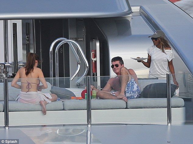 Relaxing in style: Simon and exes Sinitta and Mezhgan Hussainy all seem to be getting along as they spend time together on board