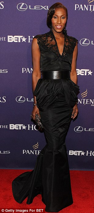 Ebony beauties: Kelly Rowland and NBA star Lisa Leslie