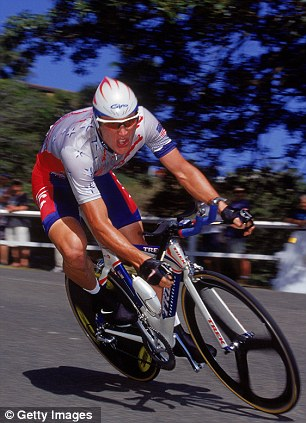 Cheat: Lance Armstrong of the USA speeds down the road in the Mens Road Individual Time Trial to win the Bronze Medal during the Sydney 2000 Olympic Games in Sydney, Australia