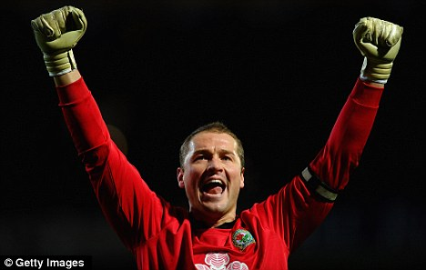 Reunion: Paul Robinson will work with old manager Sam Allardyce at West Ham