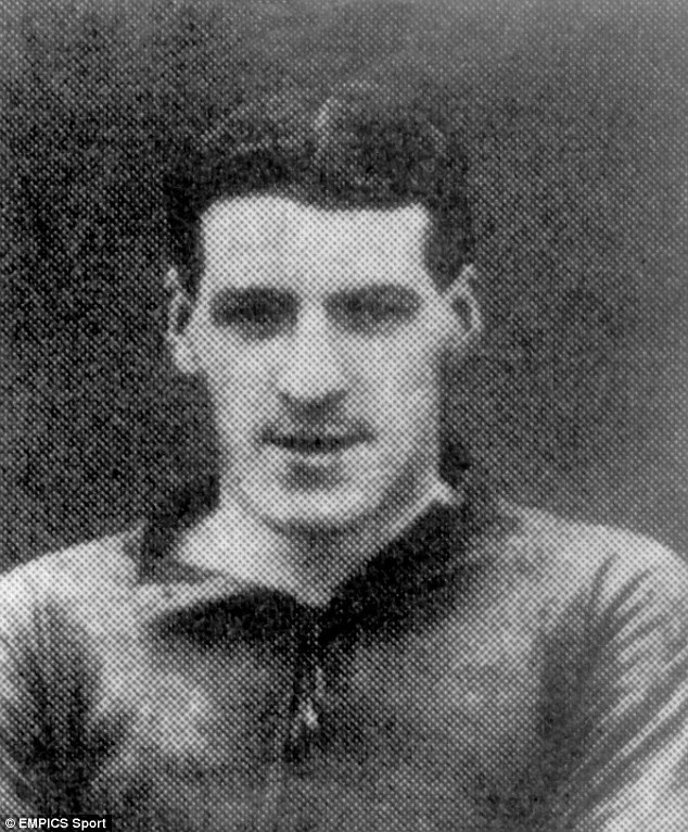 Versatile: A portrait of Liverpool's Scottish player Donald McKinlay from 1922