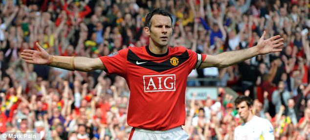 2009/2010: Giggs scored against Tottenham, featuring his Wales protégé Gareth Bale, from the spot