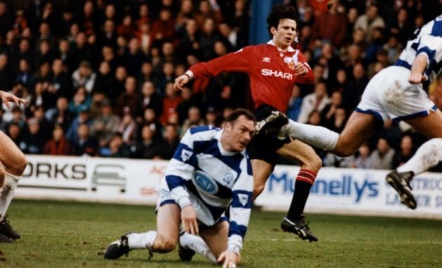 1993/1994: QPR can do nothing to stop Giggs securing another important goal