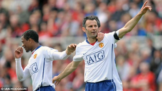 2008/2009: Netting against Middlesbrough as United chase a third straight title