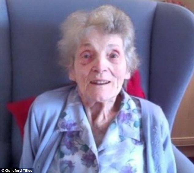 Staff at the Eastlake Care Home left Elizabeth Cope's granddaughter Claire Cope feeling they had 'put nan in the bin'