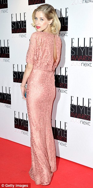 Getting bigger! Peaches showed off her bump in a floorlength pink lace gown on Monday night as she mingled with the rest of the stars
