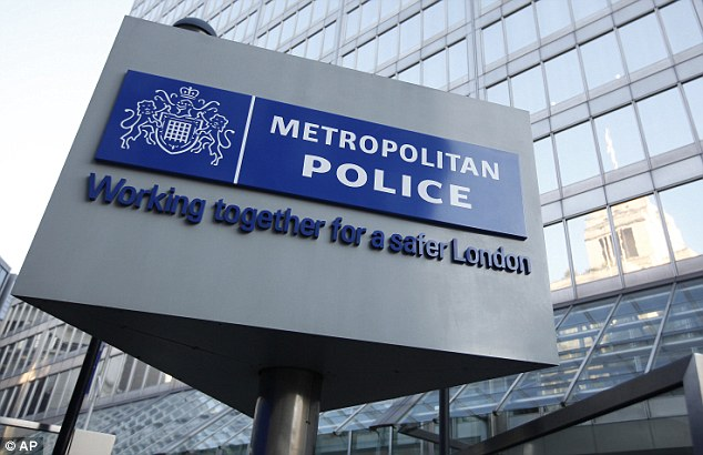 The Metropolitan Police say the arrests relate to a new phone hacking conspiracy which has emerged as part of the Operation Weeting investigation