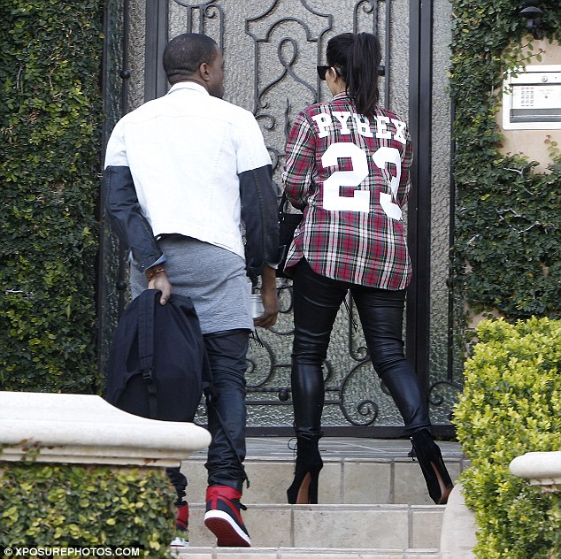 That was berry nice! Kanye was spotted holding their empty Pinkberry cups