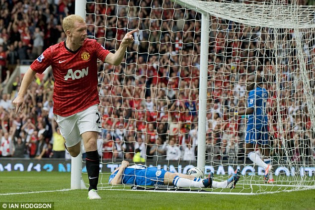 Midfield master: Ferdinand describes Paul Scholes as the best player he has played with
