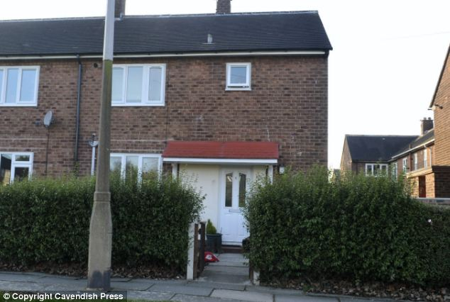 The former home (centre) of Ms Beevers, where an officer visited on the night her mother contacted police, but left after there was no answer