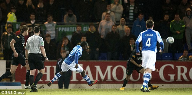 Draw: Nigel Hasselbaink scored a late equaliser for St Johnstone