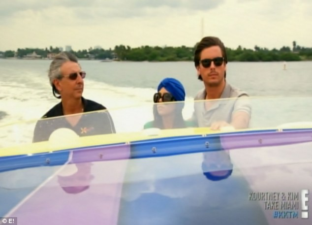 First move: Kourtney devises some couples time by taking Scott boat shopping