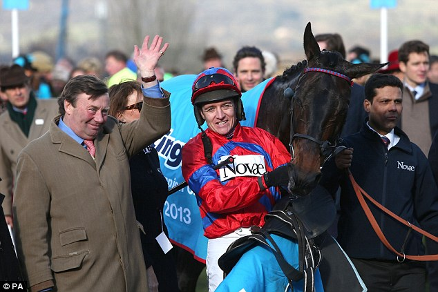 In competition: Trainer Nicky Henderson (left)