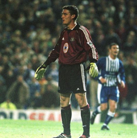 Servant: Steve Harper's 20-year spell with Newcastle will end this summer with the club not offering the goalkeeper a new contract