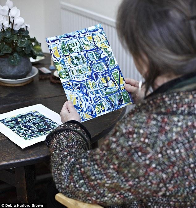 Annie Morgan with her art work