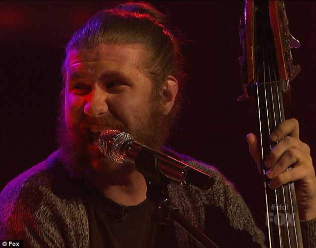 Former Idol contestant Casey Abrams then made an appearance to sing a lovely, bluesy version of I Saw Her Standing There