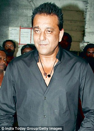 In one of the conversations that took place on November 14, 2000, Dutt is heard telling Shakeel about a T-shirt the actor had purchased for him