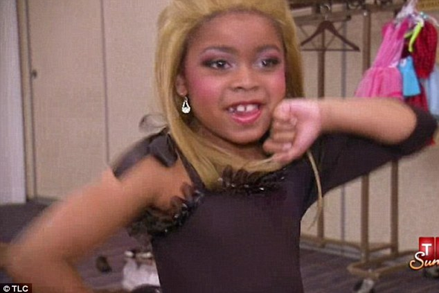 Toddlers and Tiaras star Casey, seven, performed Beyoncé's Single Ladies' dance moves in a new episode