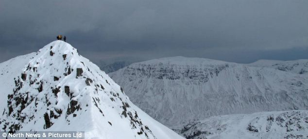 Most of the UK will avoid snowy conditions over Easter but Striding Edge, Helvellyn in the Lake District will remain covered