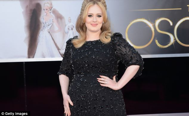 Singer Adele may wear Jenny Packham for her wedding later this year