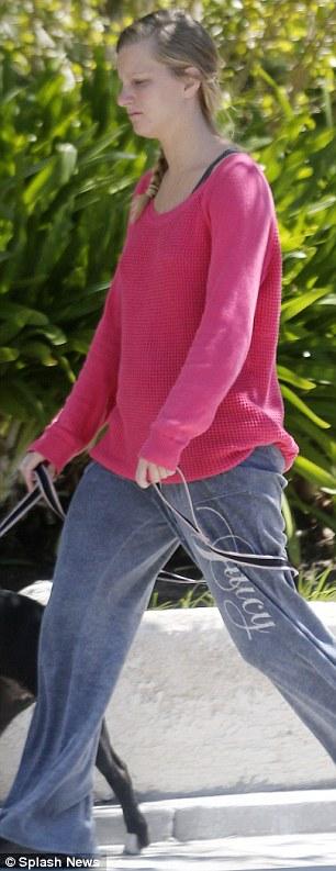Short leash: The former Beyonce backup dancer kept a short leash on her pit bull