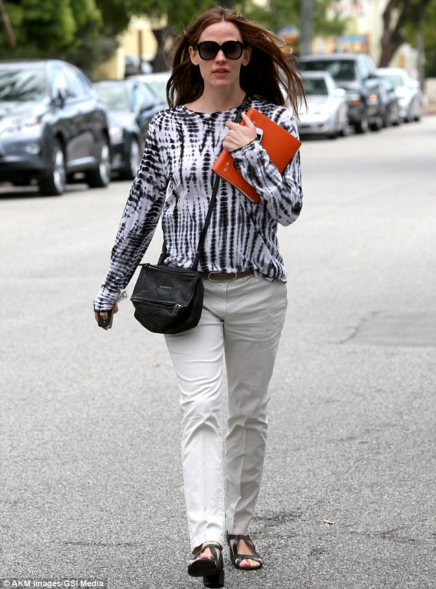 Tie dye for! The 40-year-old actress donned a tie-dyed shirt for the day's errands