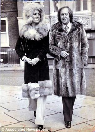 PAUL RAYMOND WITH HIS GIRLFRIEND FIONA RICHMOND.