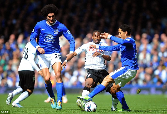 I'm behind you: The iconic hair of Marouane Fellani catches up with Pienaar and Enoh