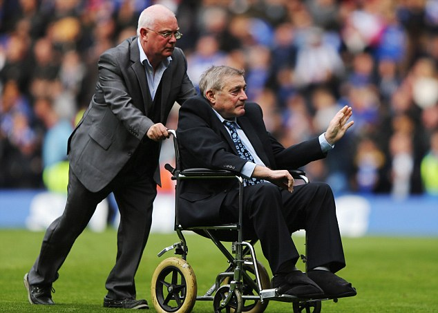Record holder: Chelsea's all-time leading goal scorer Bobby Tambling (right) made an appearance on the Stamford Bridge pitch at half time