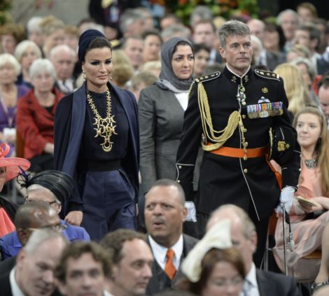 Sjeikha Moza bint Nasser al Misned of Qatar (L) arrives to attend the inauguration