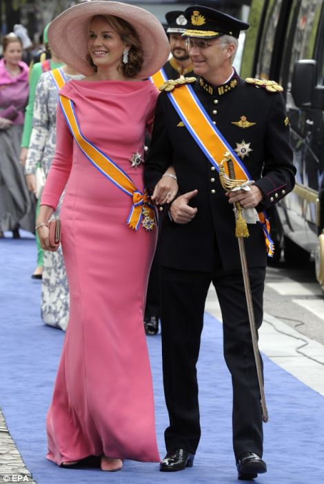 Prince Philippe (R) and Princess Mathilde of Belgium (L)