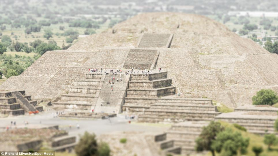 Made you look! Teotihuacan in Mexico  appears tiny. The result can be achieved through a blurred focus and photographing a subject from a high angle