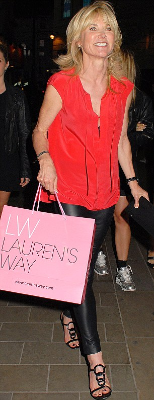 Who knew she was an Essex girl? Anthea Turner only shows up to grab a freebie bag