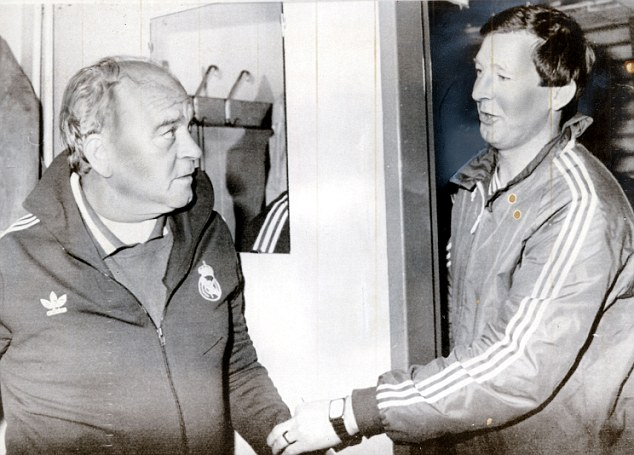 The bosses: Fergie went head to head with Alfredo Di Stefano in Gothenburg and, on the advice of Jock Stein, gave the Real legend a bottle of whisky to give the impression that Aberdeen were simply happy to be there