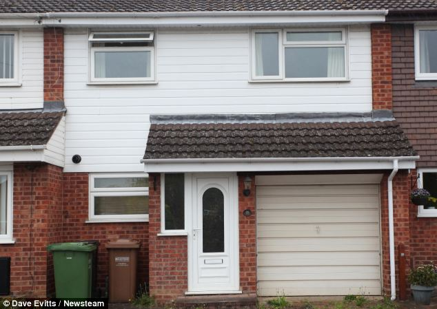 Miss Spiers has live in the £200,00 semi-detached house in Evesham, Worcestershire for ten years. She was first advised to cut the tree in September 2011