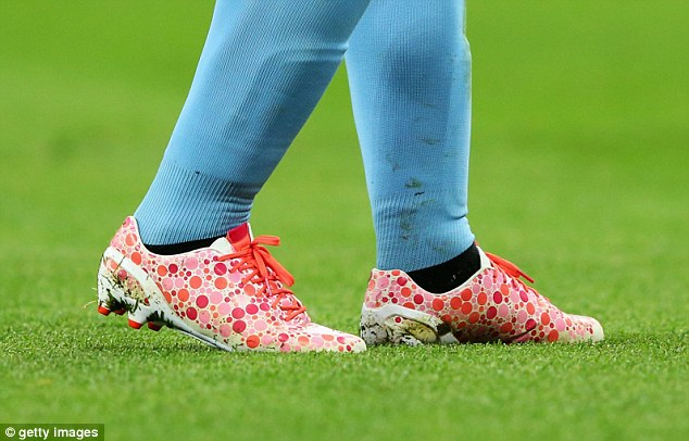 Unorthodox: A detailed view of Aguero's boots and the extravagant pattern