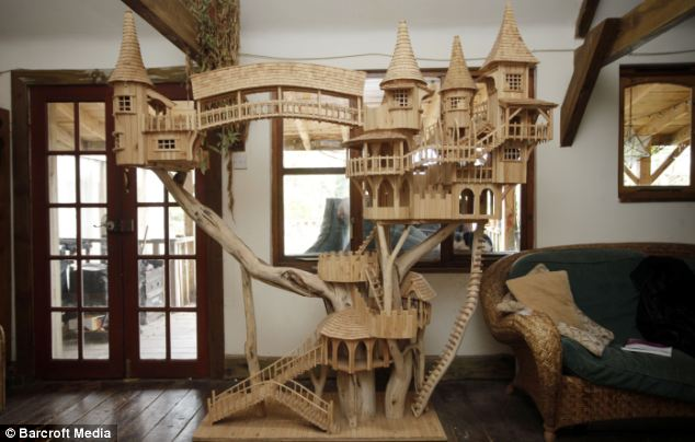 Tree Surgeon Creates Intricate Bough Houses Out Of