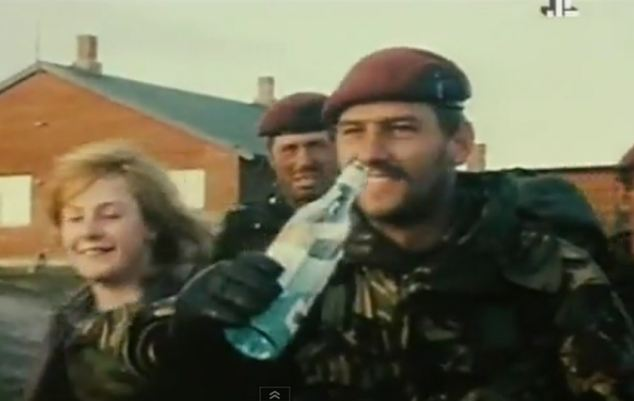 Ex Para Stephen Hood, pictured here drinking after the battle of Goose Green, was found dead in his car