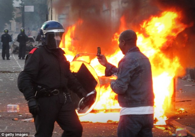 Riot: Flashback to the 2011 troubles in London's Hackney during the riots