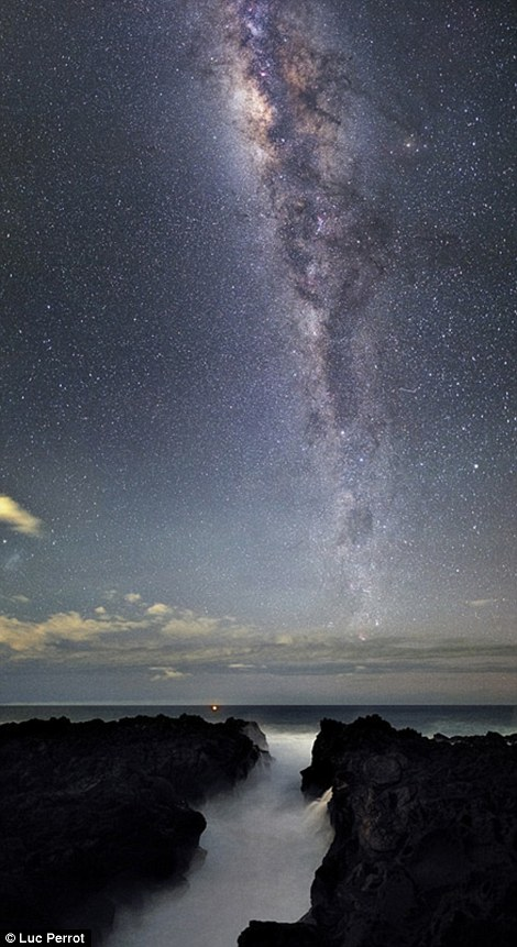 The World at Night's annual 'Earth and Sky' photography contest