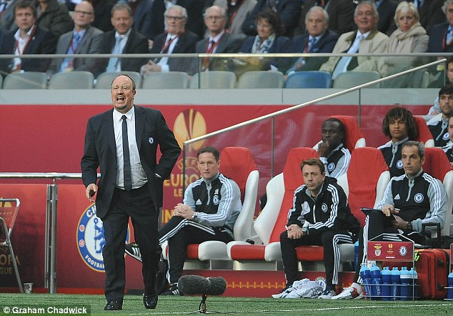 Blues boss: Benitez issues instructions to his Chelsea team