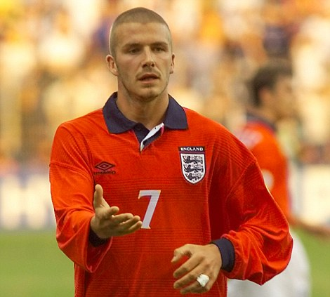 EURO 2000 CHAMPIONSHIPS: ENGLAND 2 PORTUGAL 3: DAVID BECKHAM