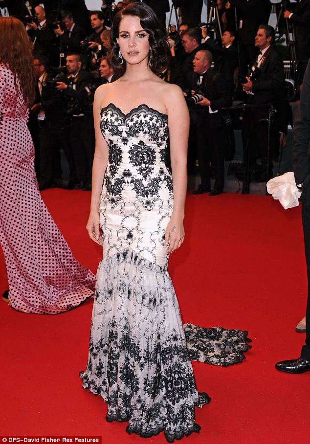 Suits you! Lana looked stunning on Wednesday at the opening of the Cannes Film Festival