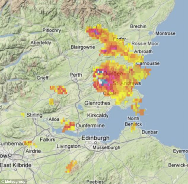 Heavy rain has fallen across parts of Scotland including Dundee this afternoon, at times reaching a rate of up to 5mm/hour
