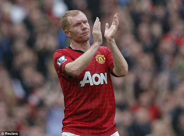 No big show: Paul Scholes and Jamie Carragher saw off their careers in unassuming style